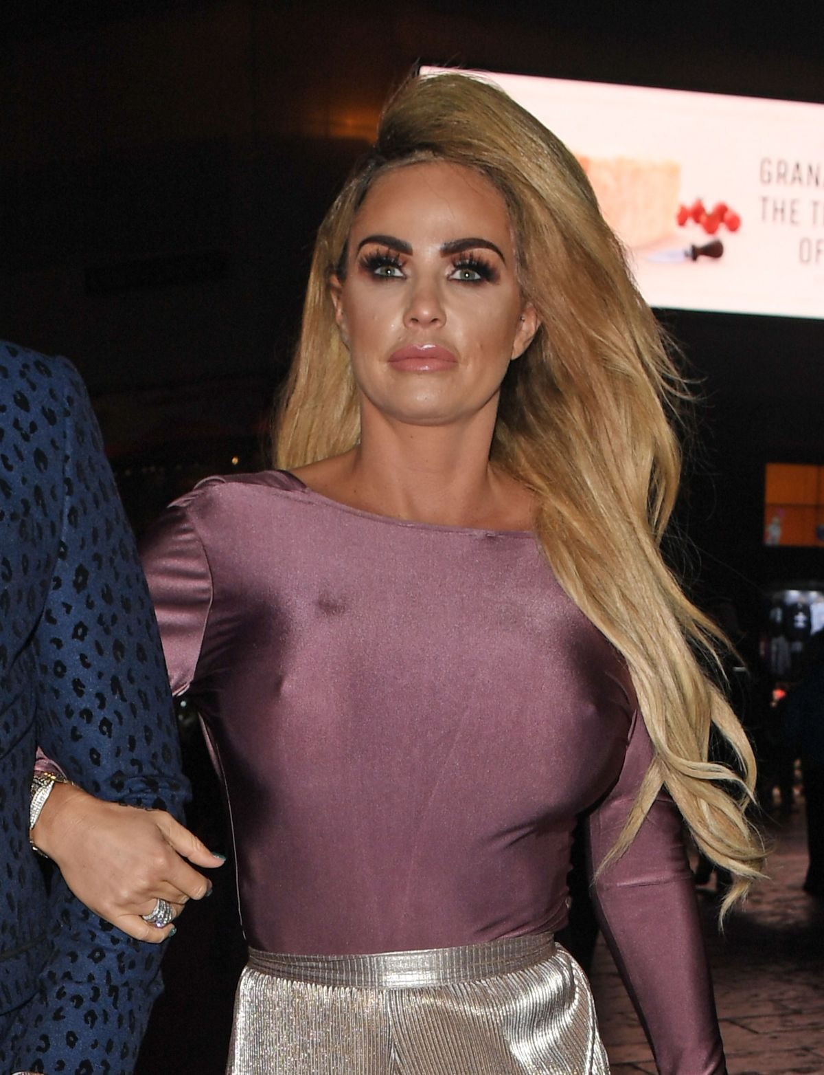 KATIE PRICE Leaves Fifty Shades Darker Premiere in o\London 02/09/2017