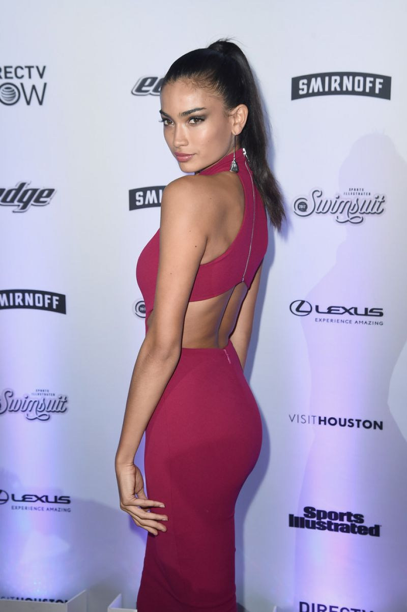 KELLY GALE at Sports Illustrated Swimsuit Edition Launch in New York 02/16/2017