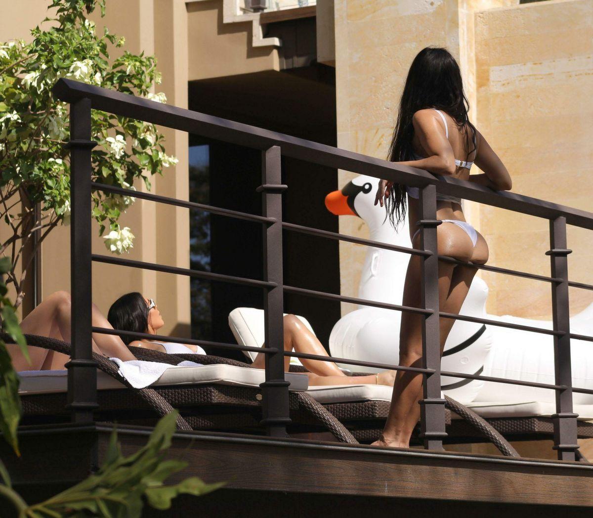 KOURTNEY, KIM and KHLOE KARDASHIAN in Bikinis on Vacation in Costa Rica 01/31/2017