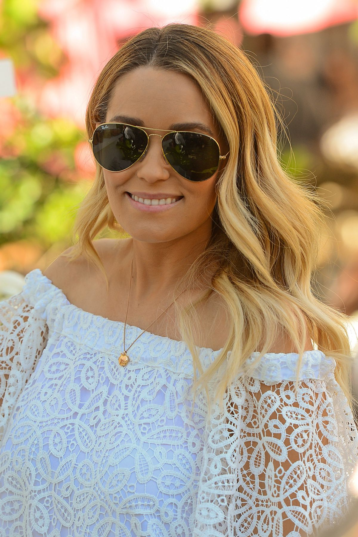 LAUREN CONRAD Hosts a Pop Up Shop for Little Market in Los Angeles 02/04/2017