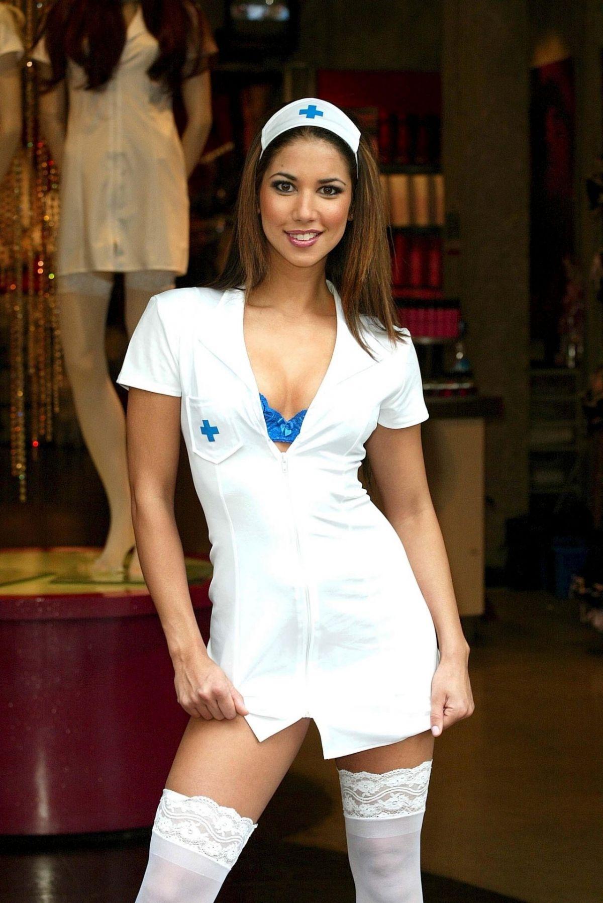 LEILANI DOWDING - Nurse Photoshoot