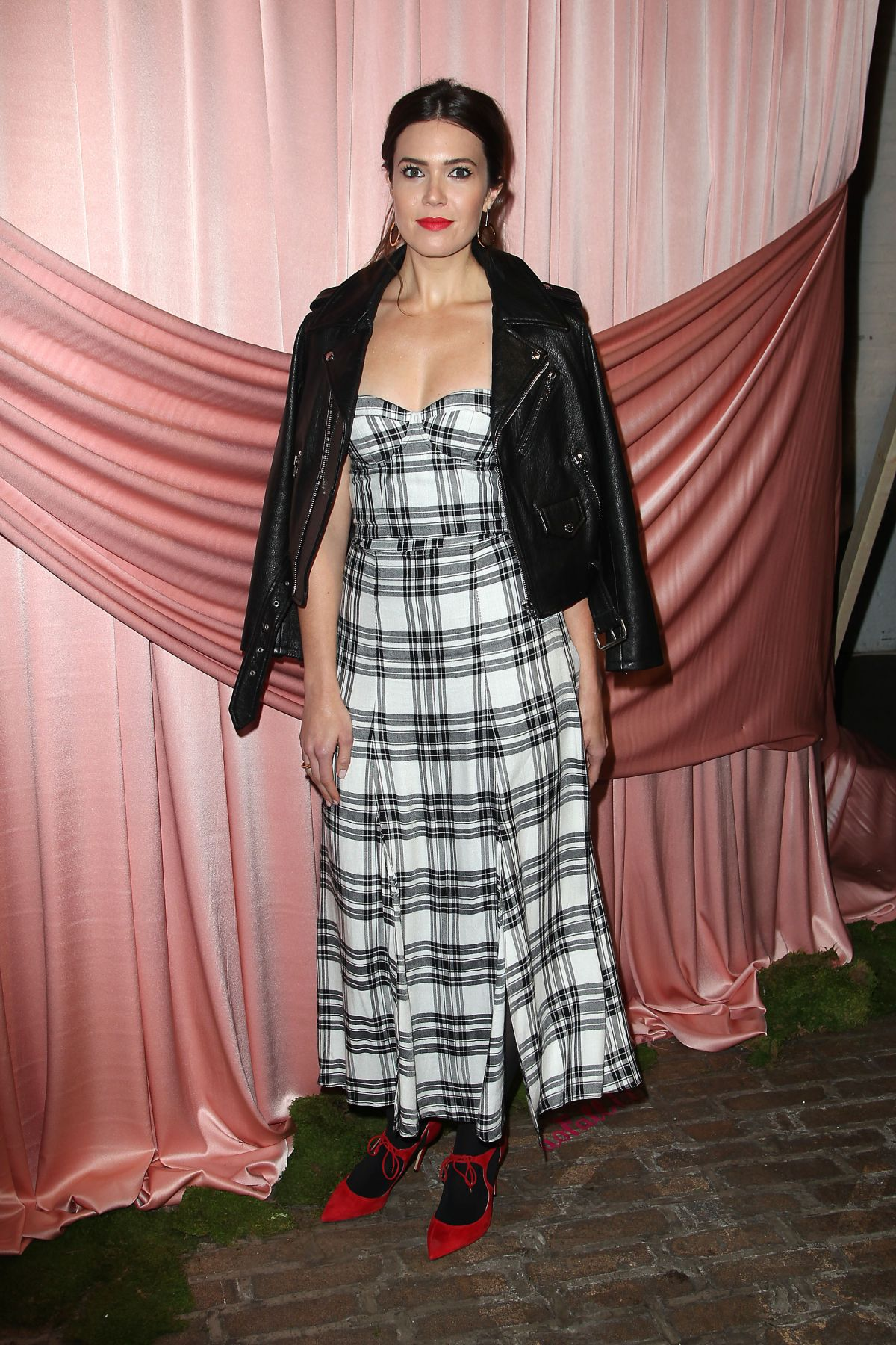 MANDY MOORE at Aice+Olivia by Stacey Bendet Presentation in New York 02/14/2017   mandy-moore-at-aice-olivia-by-stacey-bendet-presentation-in-new-york-02-14-2017_2