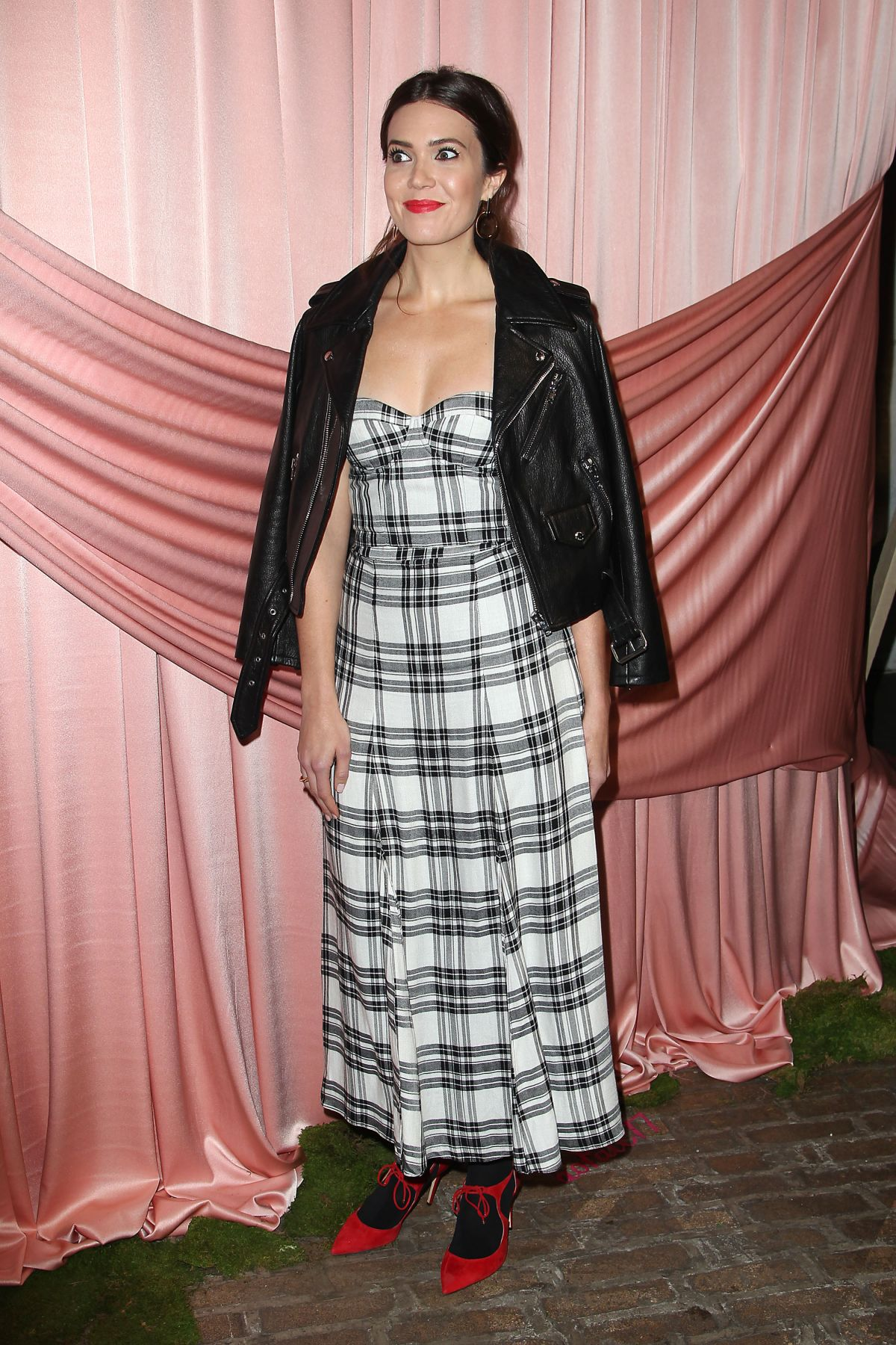 MANDY MOORE at Aice+Olivia by Stacey Bendet Presentation in New York 02/14/2017   mandy-moore-at-aice-olivia-by-stacey-bendet-presentation-in-new-york-02-14-2017_3