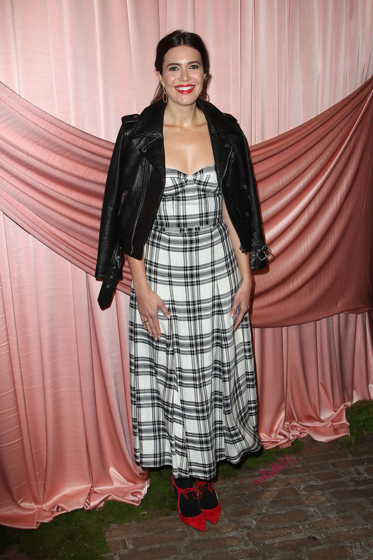 MANDY MOORE at Aice+Olivia by Stacey Bendet Presentation in New York 02/14/2017   mandy-moore-at-aice-olivia-by-stacey-bendet-presentation-in-new-york-02-14-2017_5