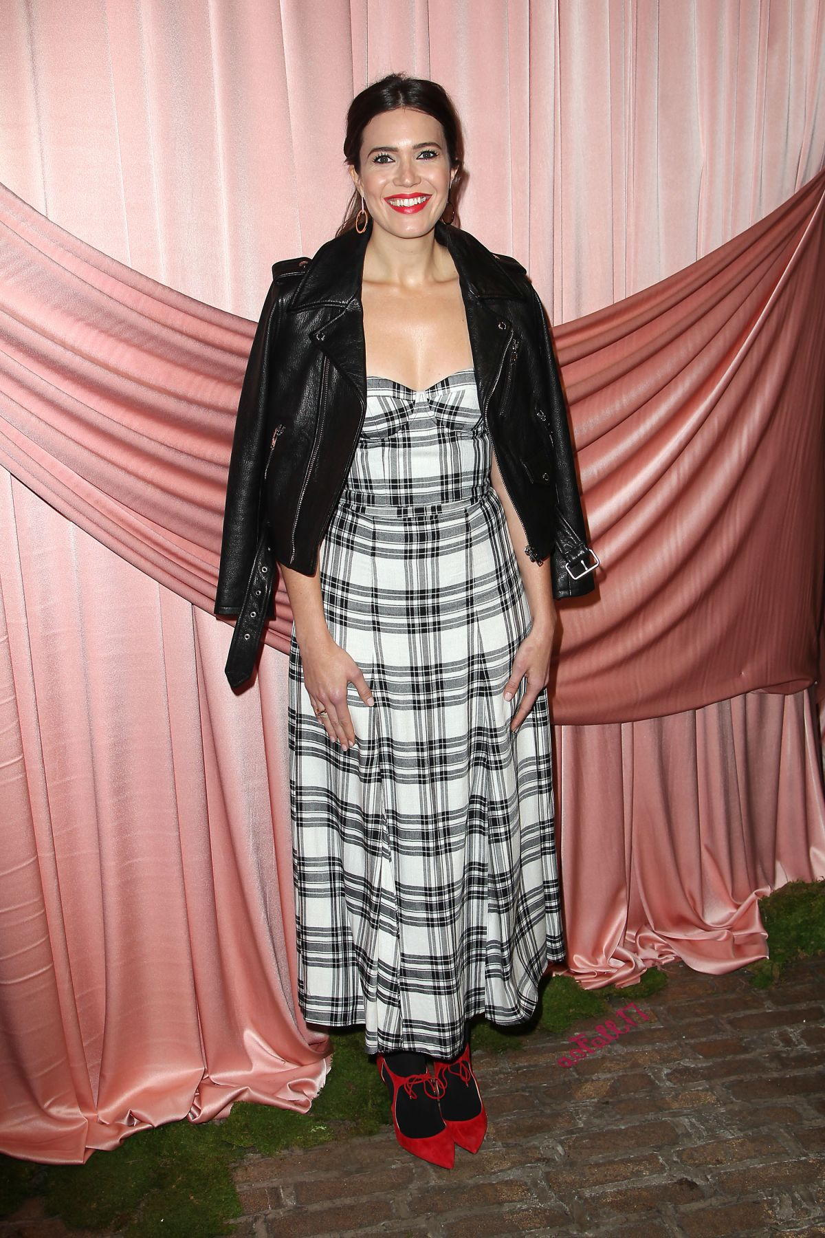 MANDY MOORE at Aice+Olivia by Stacey Bendet Presentation in New York 02/14/2017   mandy-moore-at-aice-olivia-by-stacey-bendet-presentation-in-new-york-02-14-2017_7