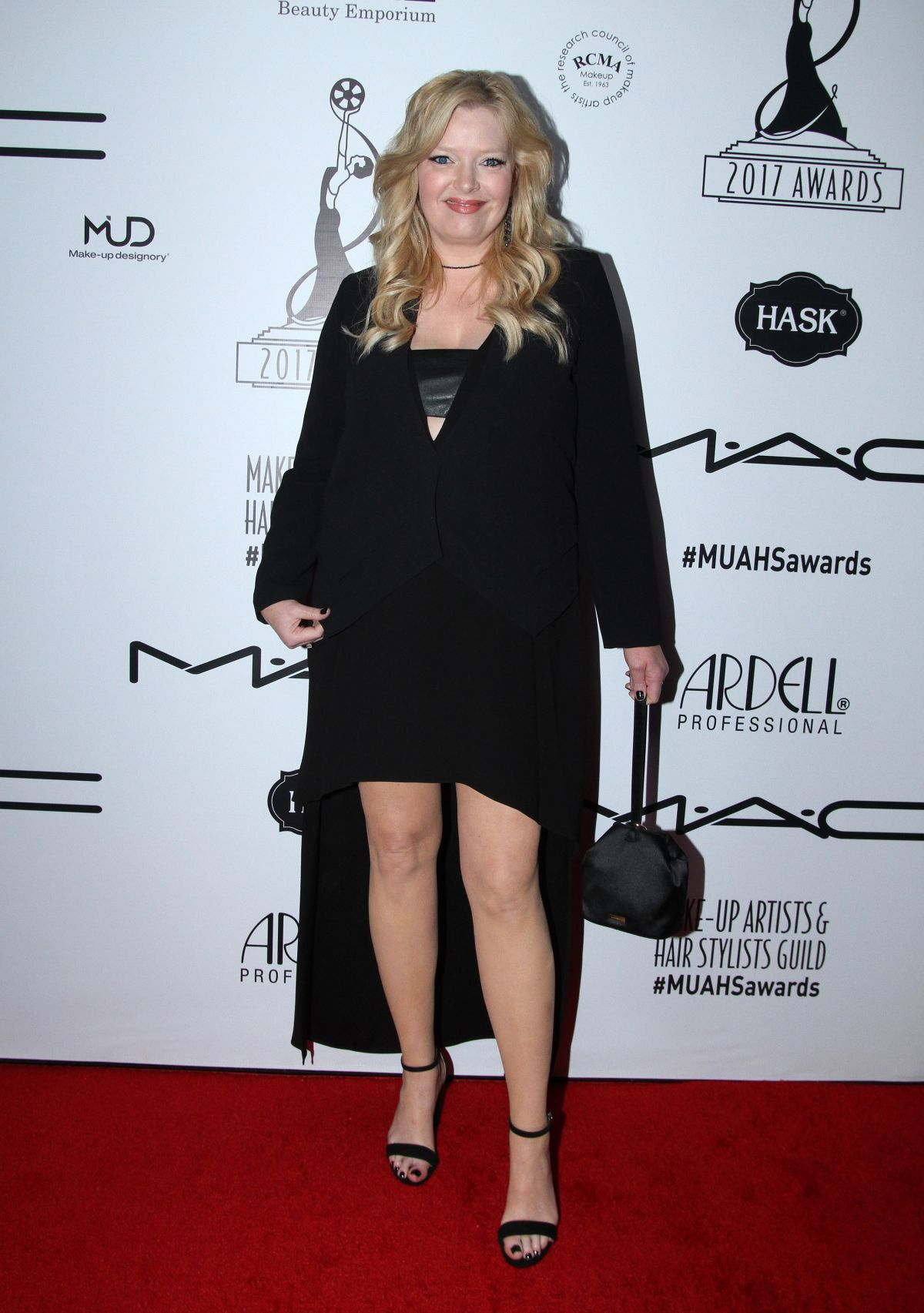 melissa peterman at 2017 makeup artist amp hair stylists