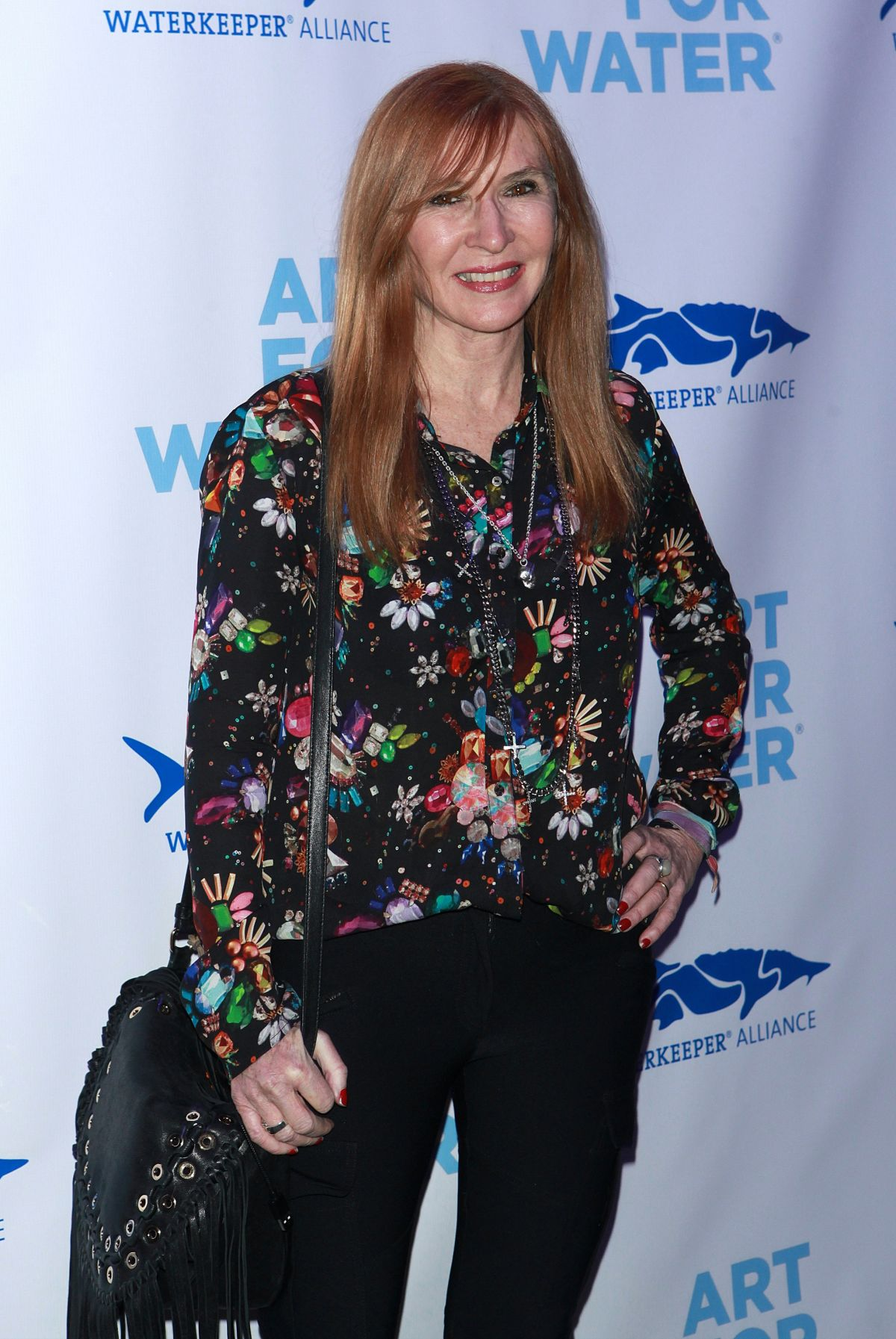 NICOLE MILLER at Art for Water Benefiring Waterkeeper Alliance Charity in New York 02/06/2017