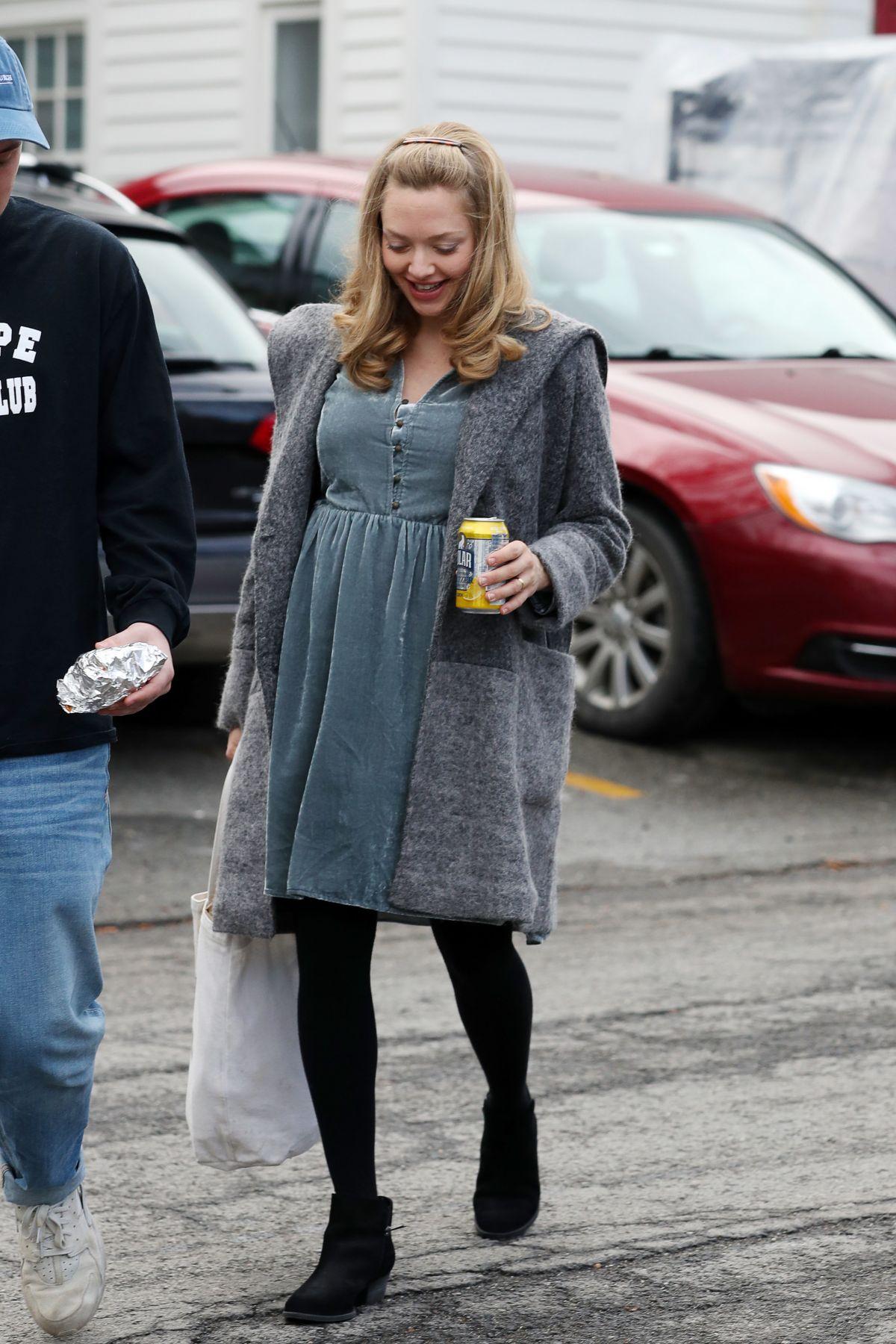 Pregnant AMANDA SEYFRIED on the Set of
