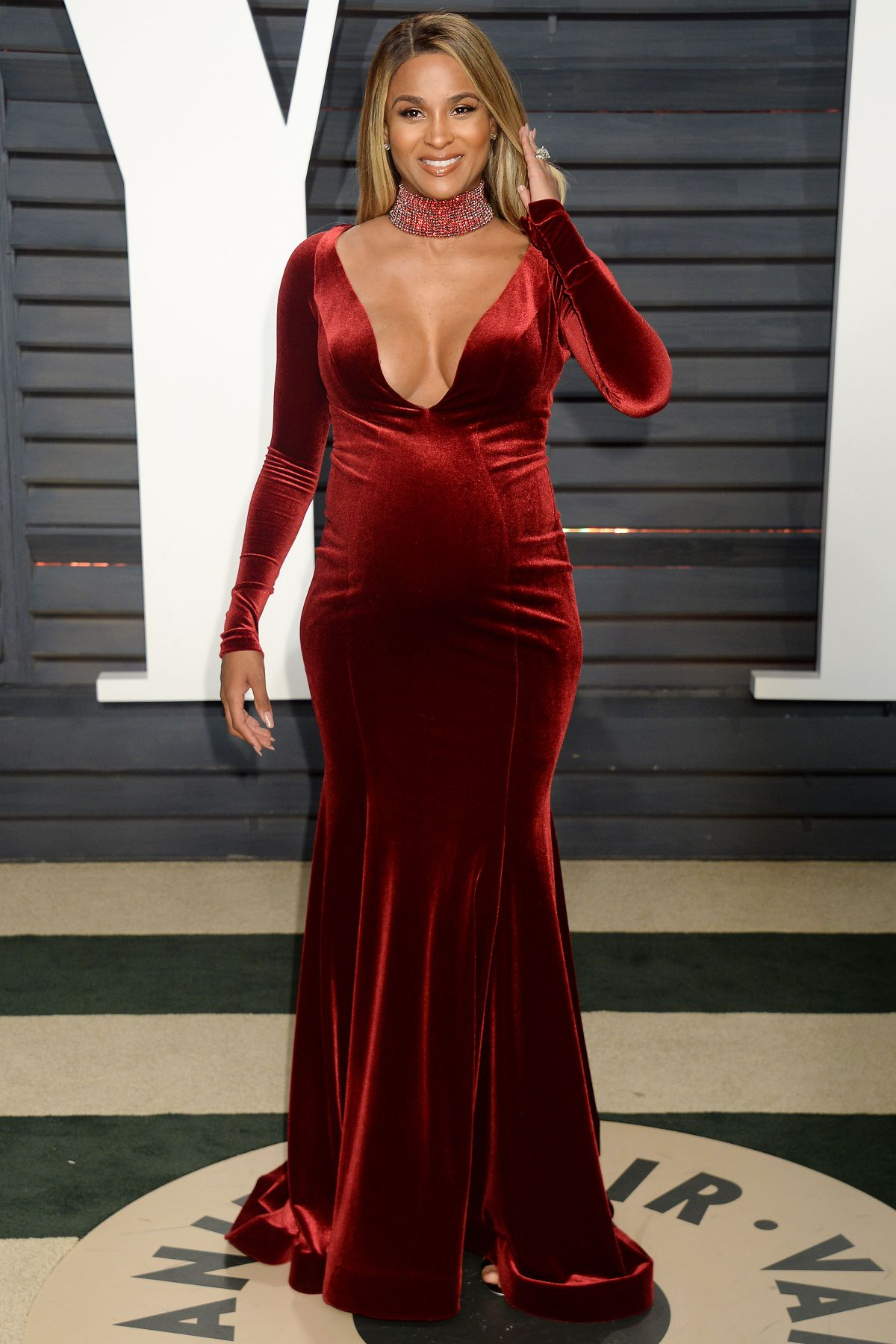 Pregnant Ciara At 2017 Vanity Fair Oscar Party In Beverly Hills 02 26 2017 Hawtcelebs