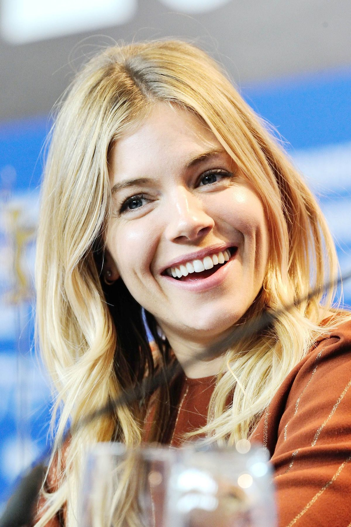 Sienna Miller At The Lost City Of Z Press Conference At
