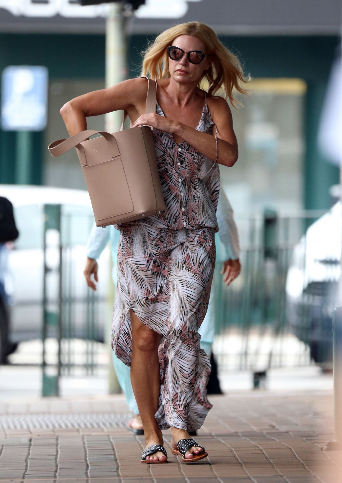 sonia kruger - photo #7