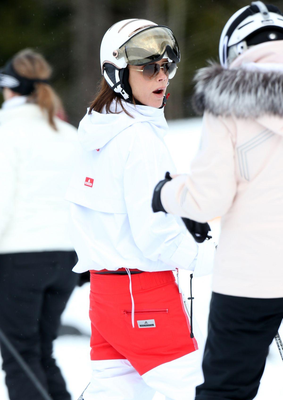 b72b965bfd5b5 Shistler Hawtcelebs Skiing In Beckham 02172017 Victoria qnz1FRz