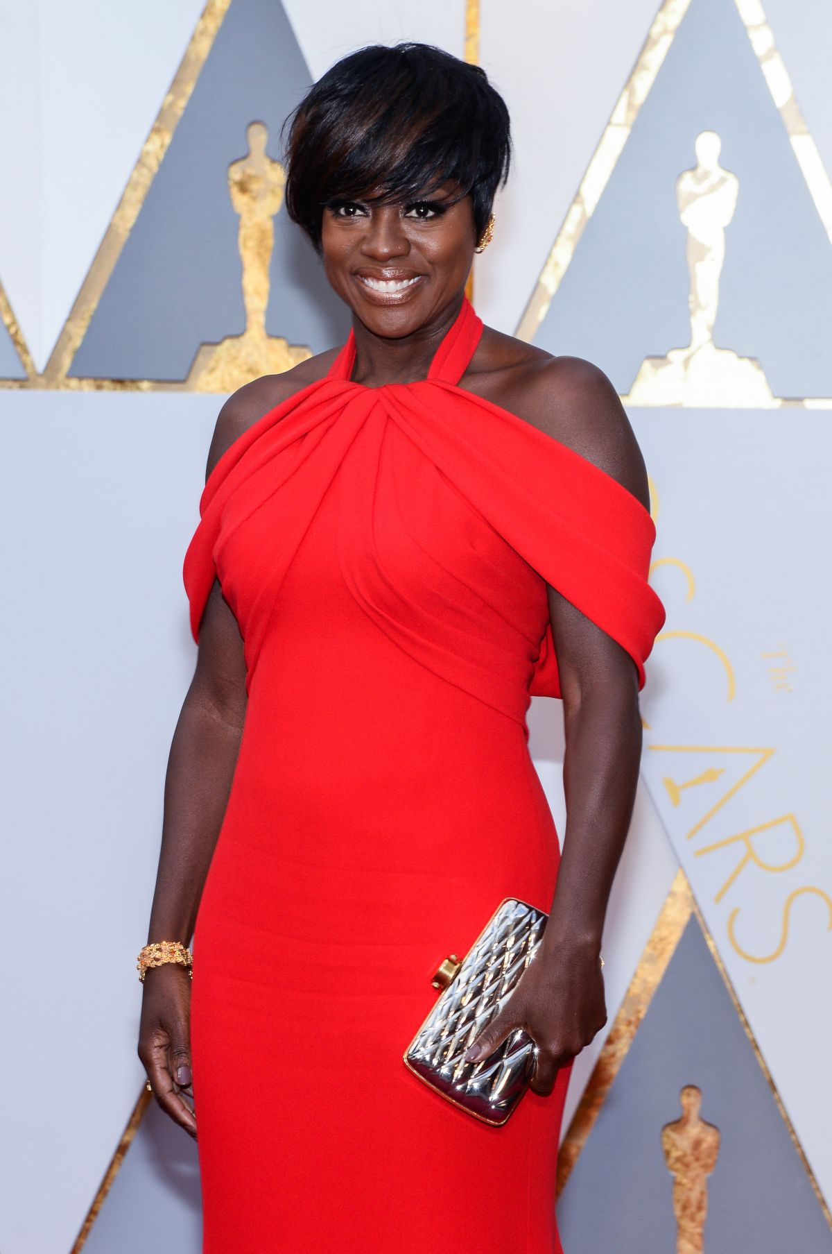 VIOLA DAVIS at 89th Annual Academy Awards in Hollywood 02/26/2017