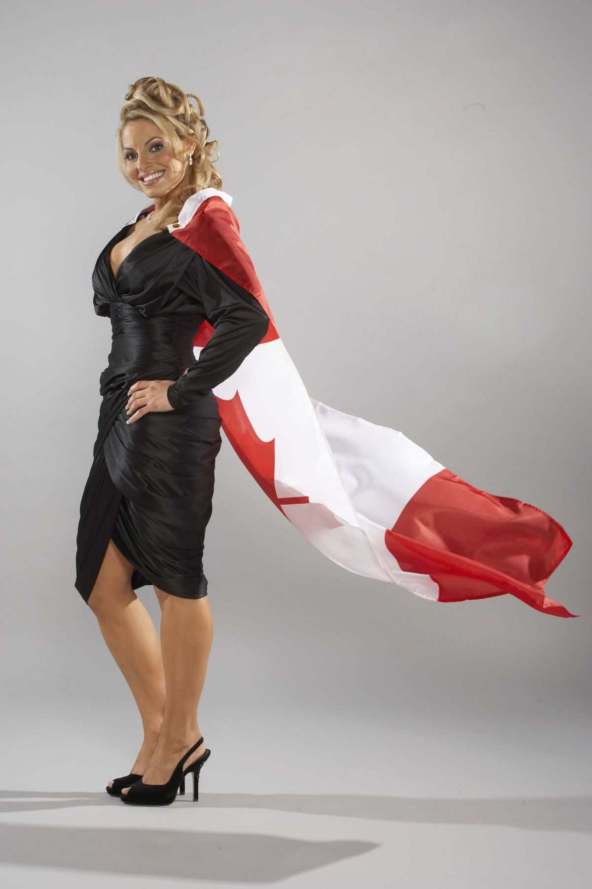 Best from the Past - TRISH STRATUS Hosts Canadian Walk of Fame, 2006 Photoshoot