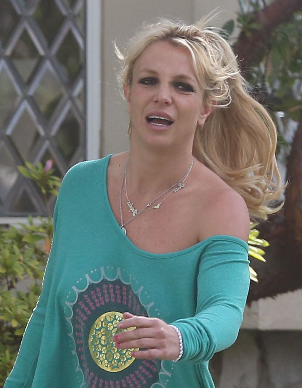 britney-spears-out-in-los-angeles-03-20-
