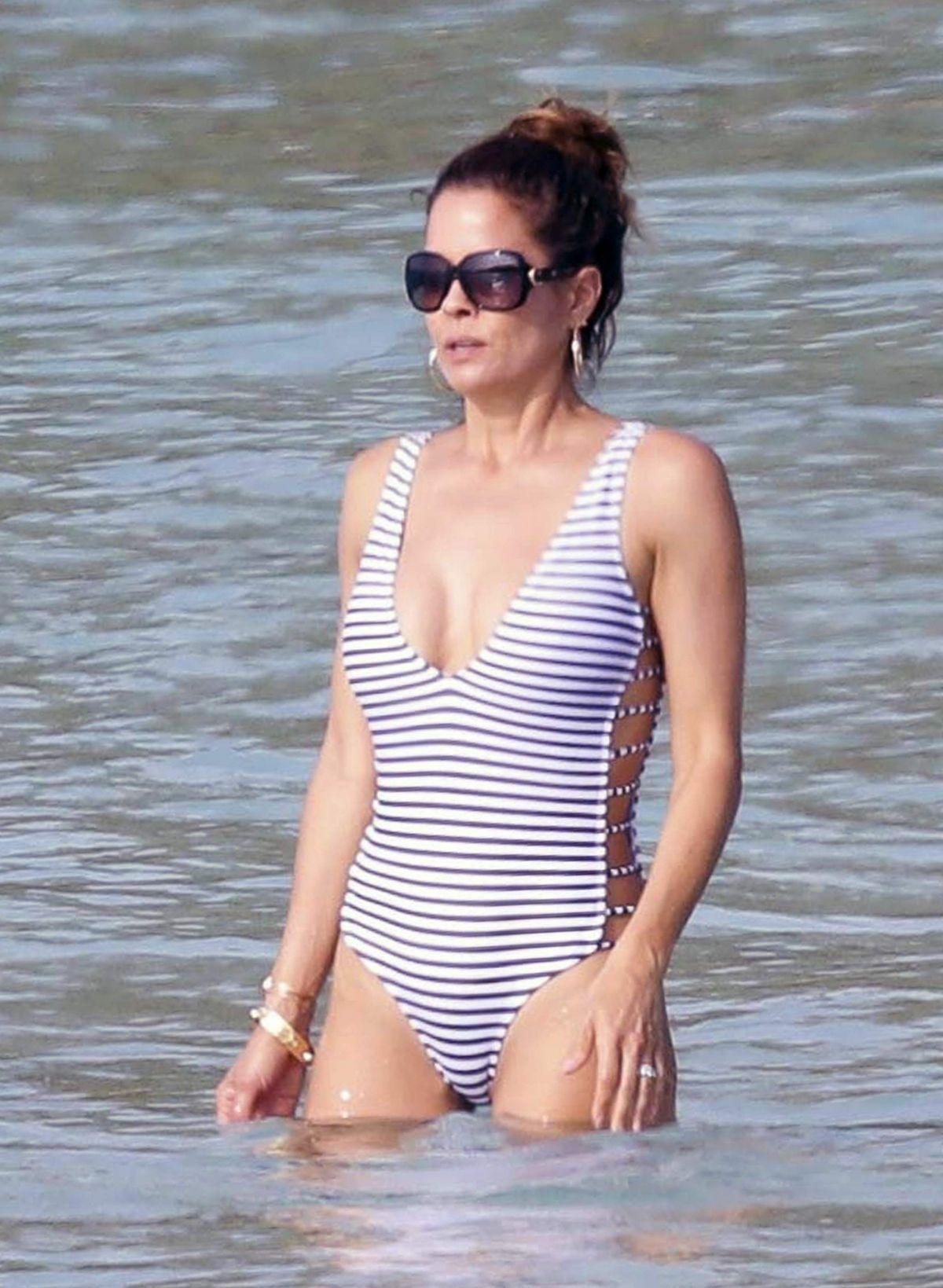 Bikini Juliette Binoche nude photos 2019