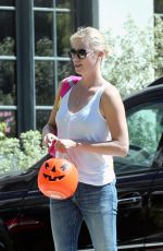 CHARLIZE THERON at Salt & Straw in Hollywood 03/28/2017