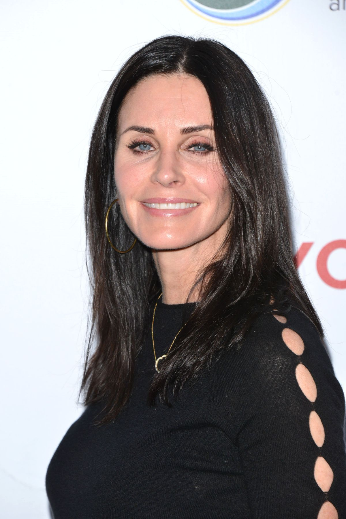 COURTENEY COX at UCLA Celebrates Innovators for a Healthy ...