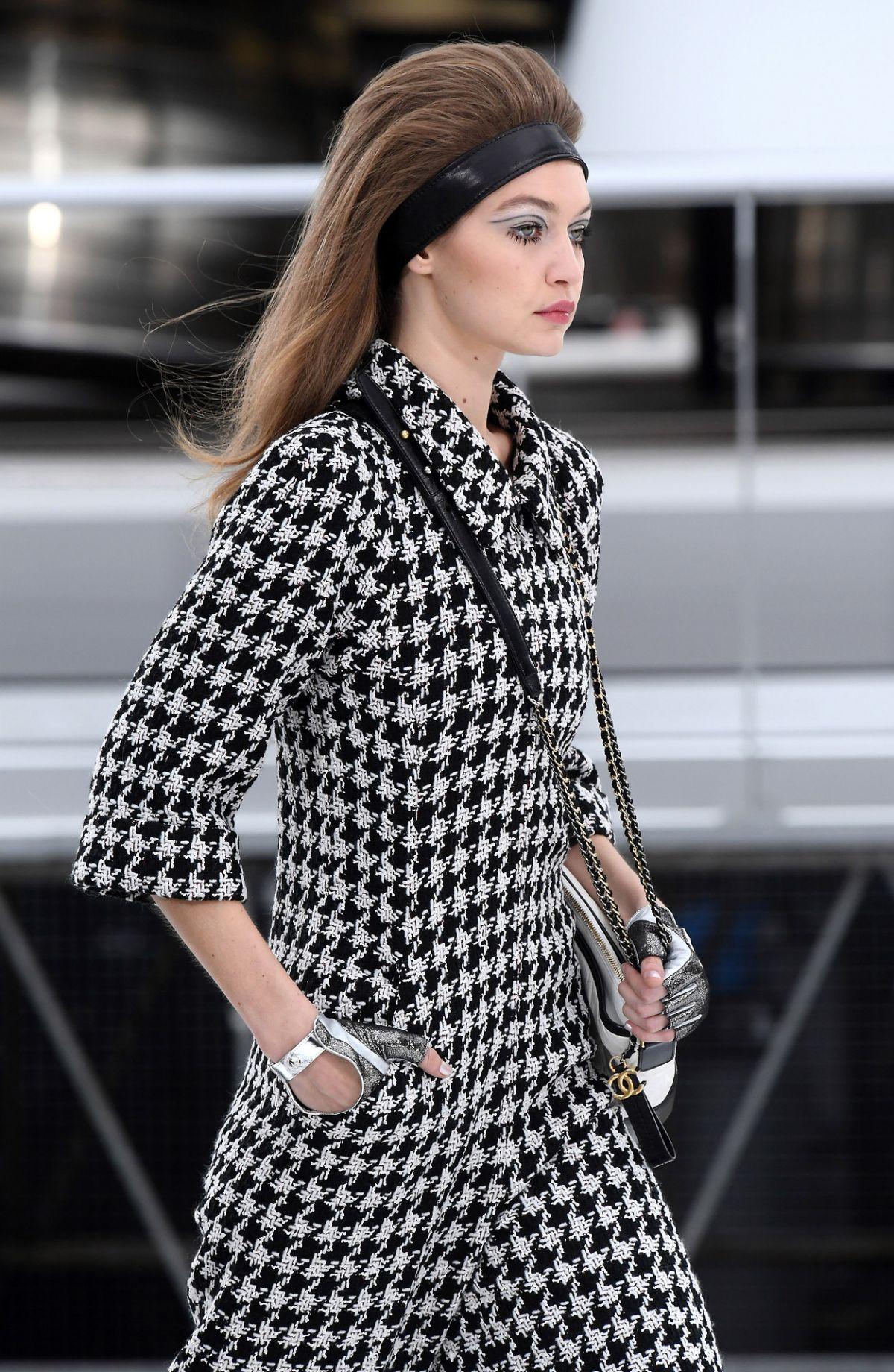 Gigi hadid at cchanel fashion show at paris fashion week for Gigi hadid fashion week