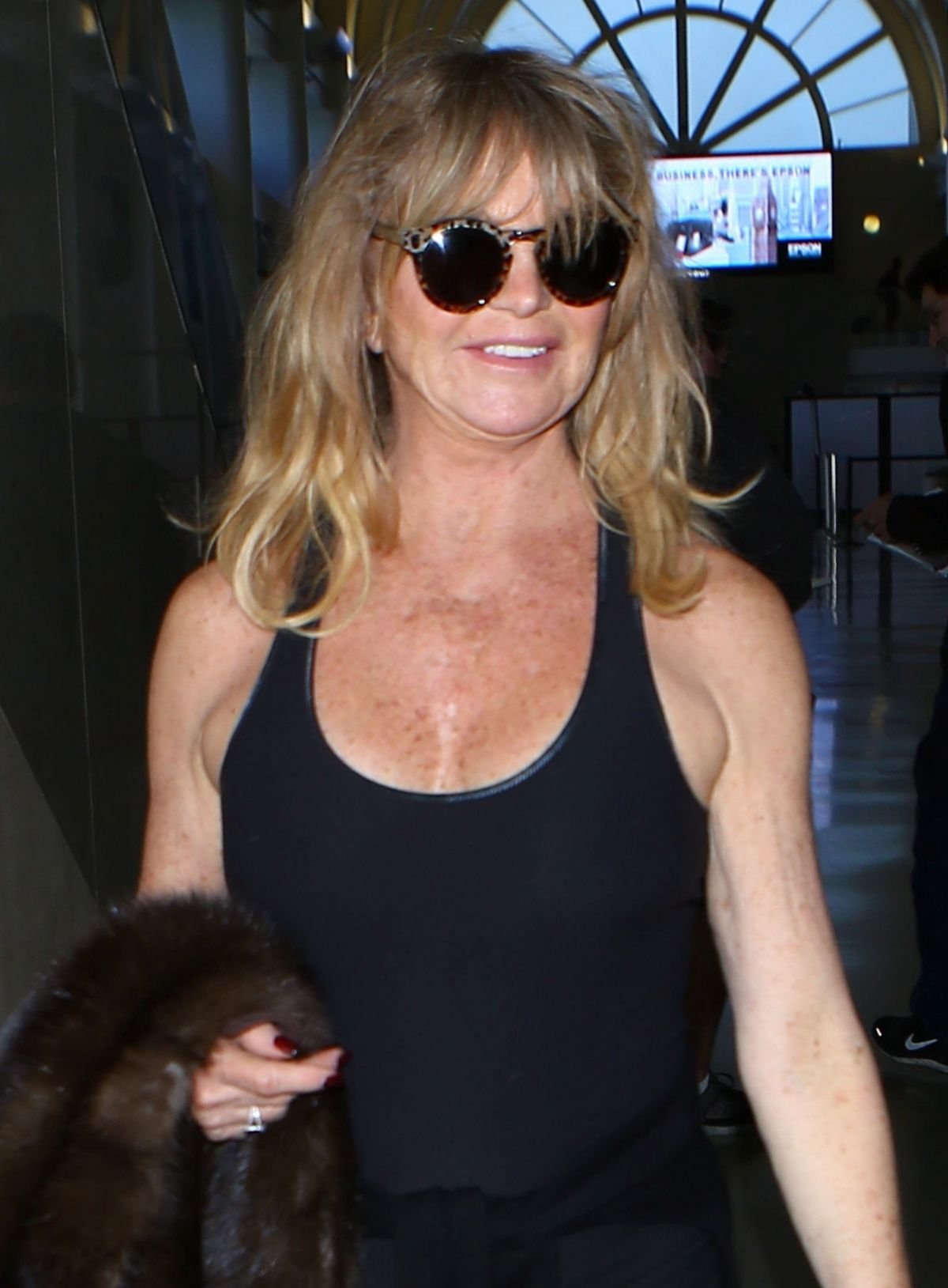 GOLDIE HAWN at LAX Airport in Los Angeles 03/11/2017 ...