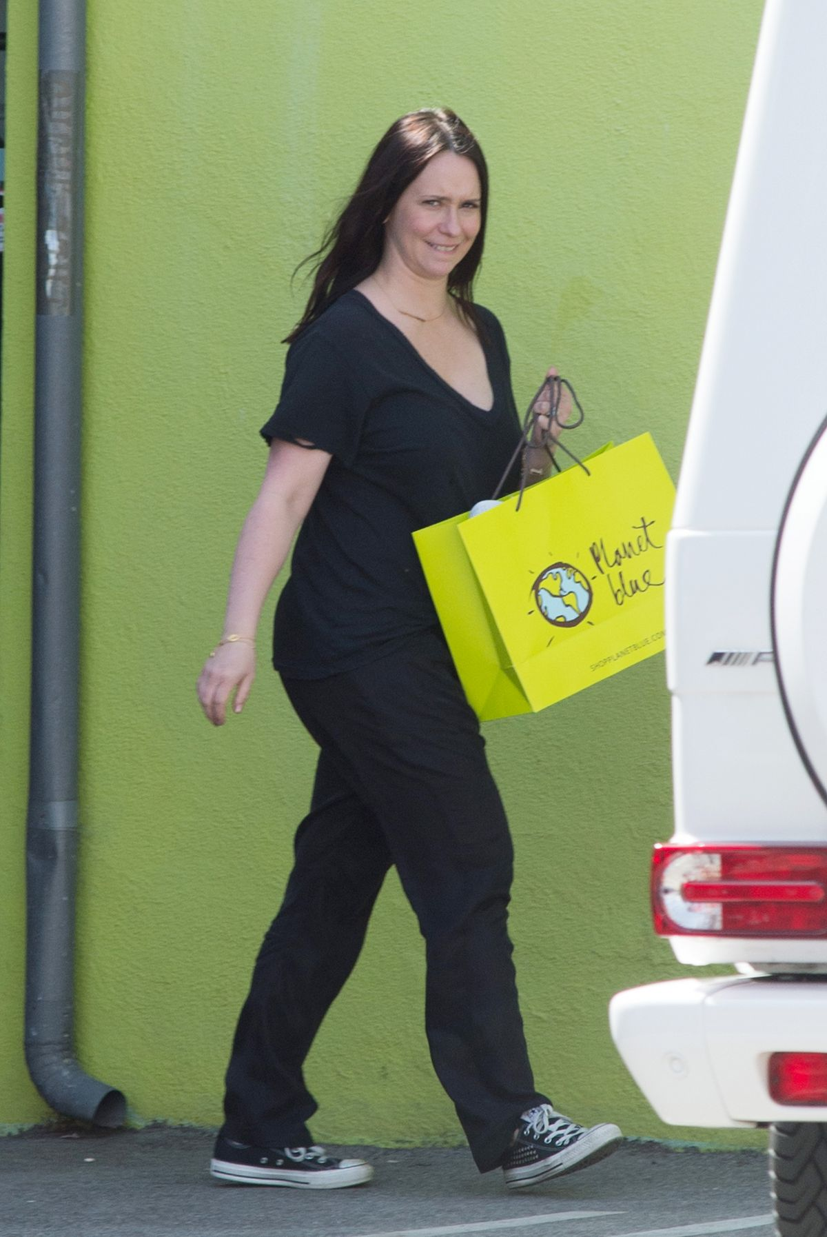 JENNIFER LOVE HEWITT Out and About in Los Angeles 03/06 ...