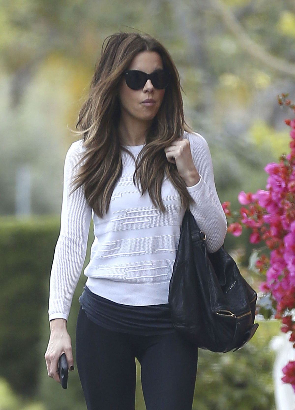 KATE BECKINSALE Arrives at a Doctor