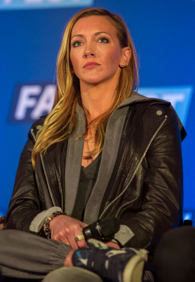 KATIE CASSIDY at Heroes & Villains Fan Fest in Chicago ...
