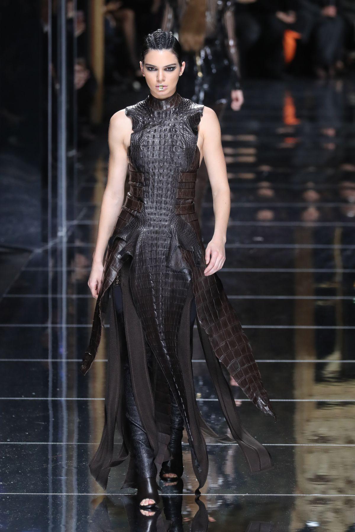 Kendall Jenner At Balmain Fashion Show At Paris Fashion