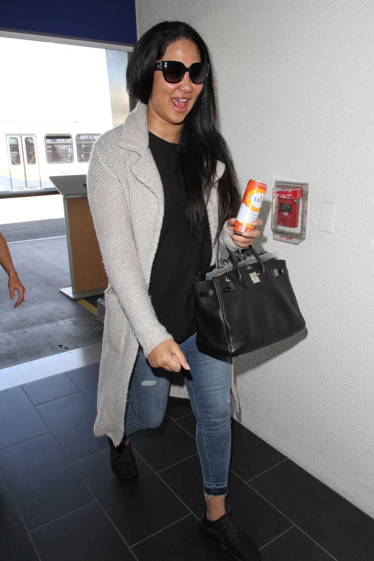 KIMORA LEE SIMMONS at LAX Airport in Los Angeles 03/09 ...