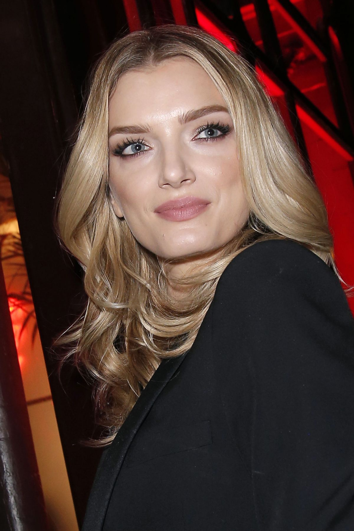 lily donaldson arrives at l oreal dinner in paris 03 05