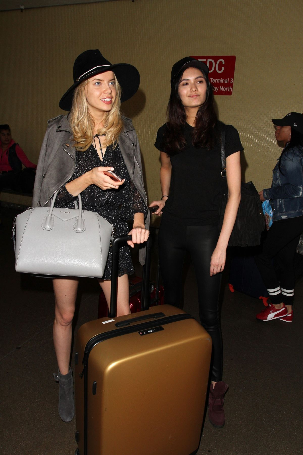 LOUISA WARWICK and JESSICA BARTA at LAX Airport in Los Angeles 03/16/2017