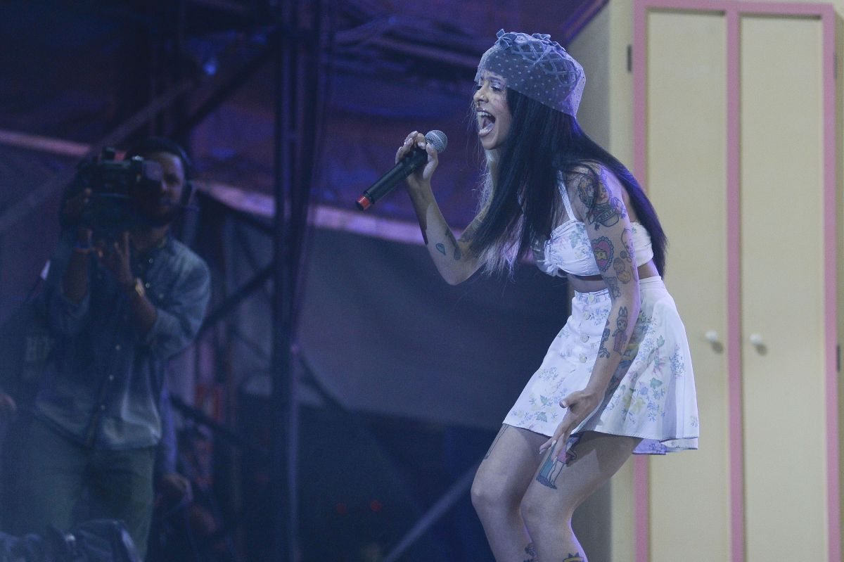 MELANIE MARTINEZ Performs at Lollapalooza Brazil, Day 2 in ...