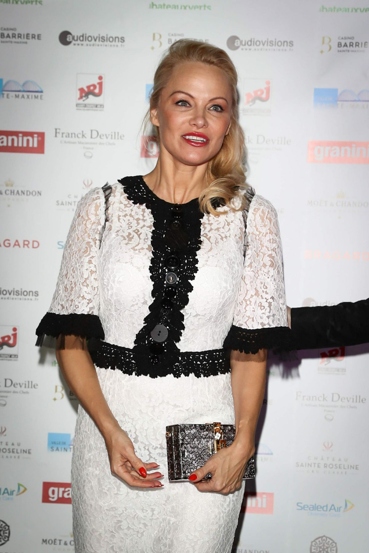 PAMELA ANDERSON at Pamela Anderson Foundation Gala in ... Pamela Anderson