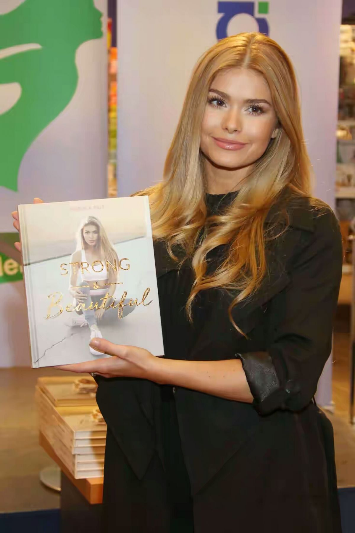 PAMELA REIF at Strong and Beautiful Book Signing in Hamburg 03/28/2017