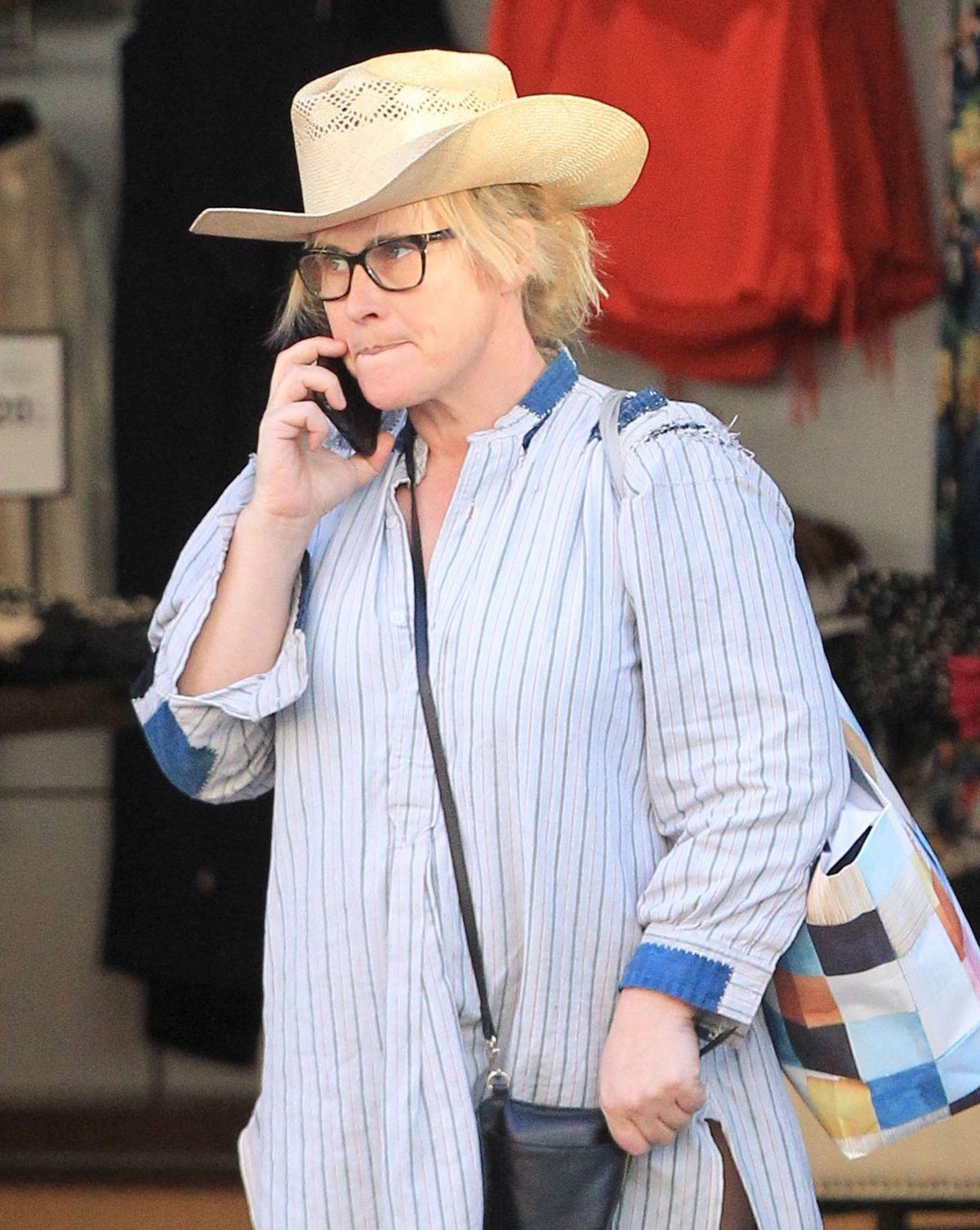 PATRICIA ARQUETTE Shoppiung at The Grove in Los Angeles 03/01/2017