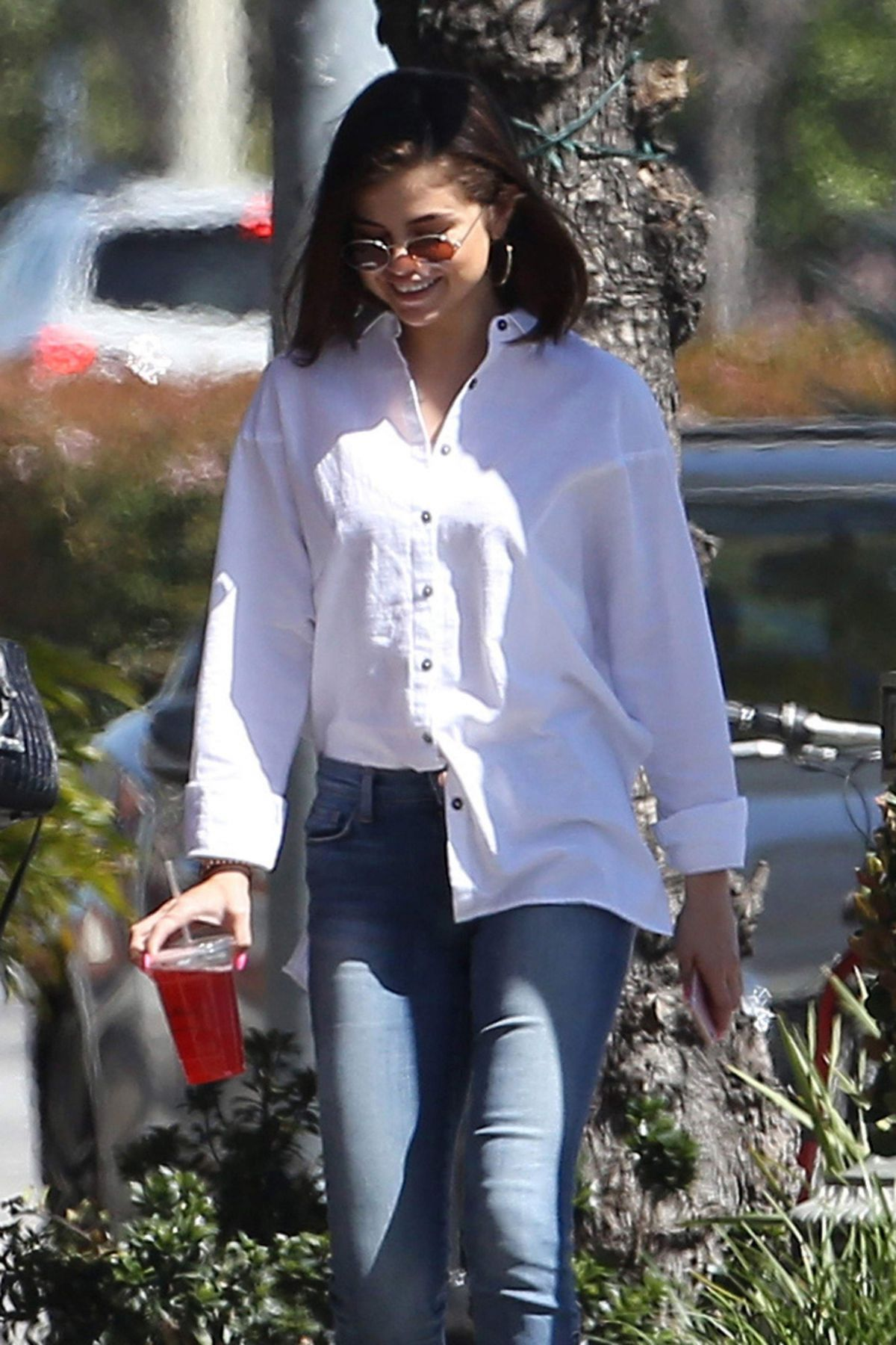 SELENA GOMEZ in Jeans Out for Lunch in Los Angeles 03/08/2017