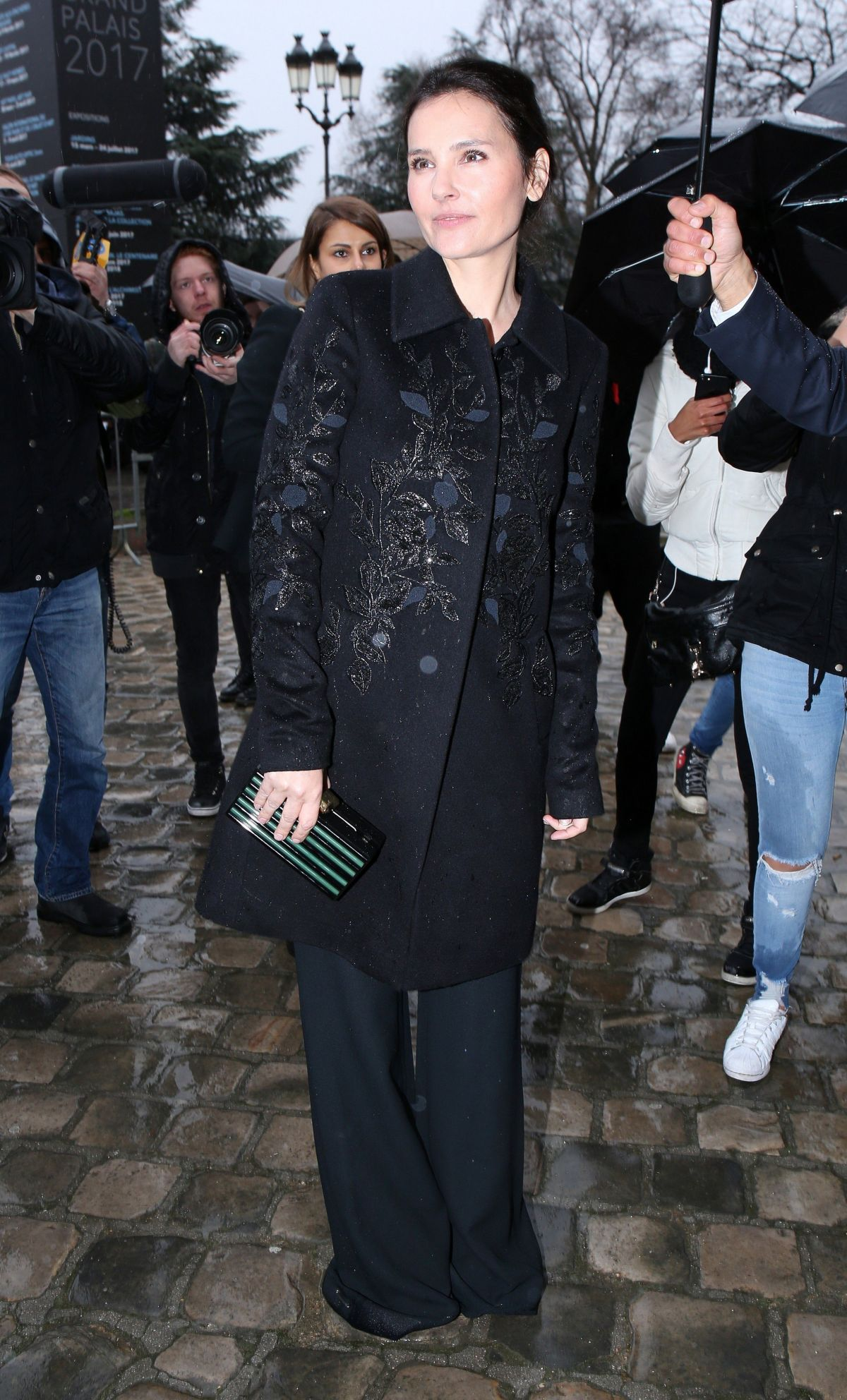 VIRGINE LEDOYEN Arrives at Elie Saab Fashion Show in Paris 03/04/2017