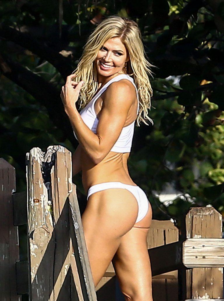 Wwe hot women torrie wilson workout pics