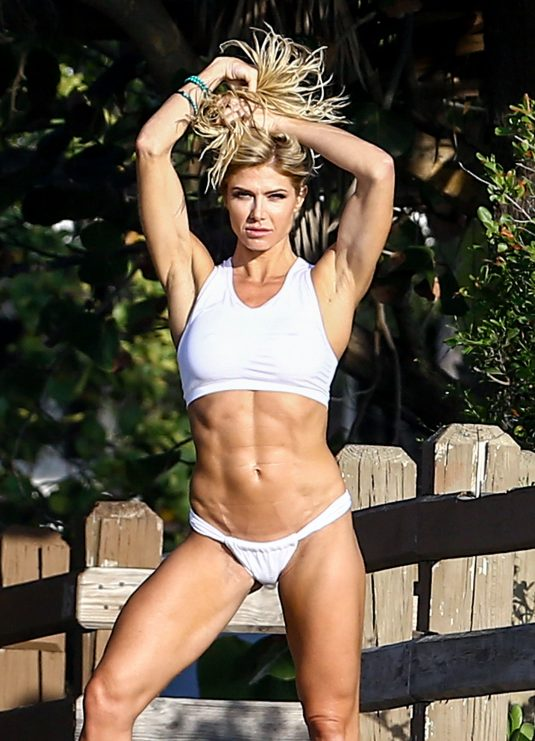 TORRIE WILSON on the Set of a Photoshoot