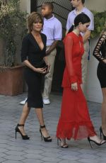 AMELIA and DELILAH HAMLIN and LISA RINNA at Daily Front Row's 3rd Annual Fashion Los Angeles Awards 04/02/2017