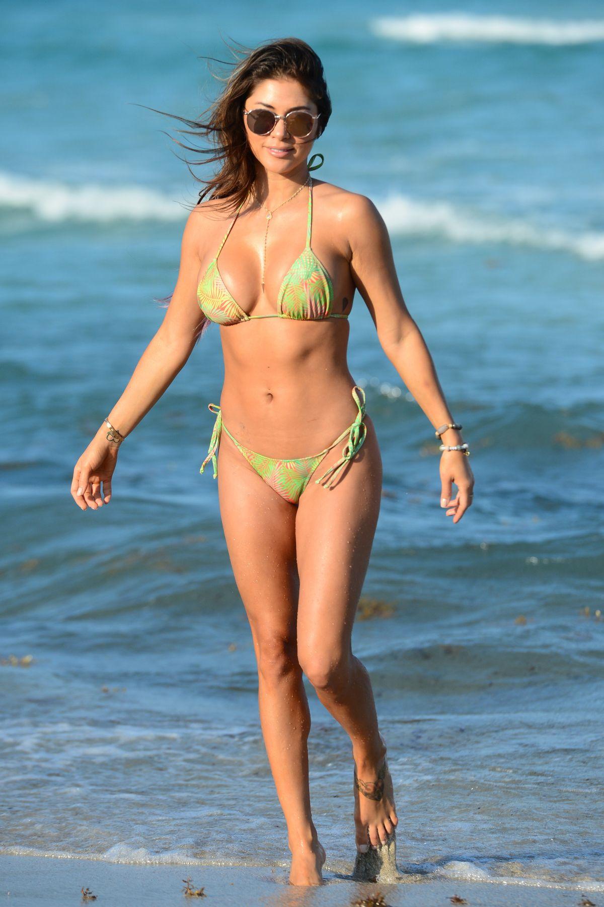 Bikini Arianny Celeste nudes (28 photos), Tits, Paparazzi, Twitter, legs 2020