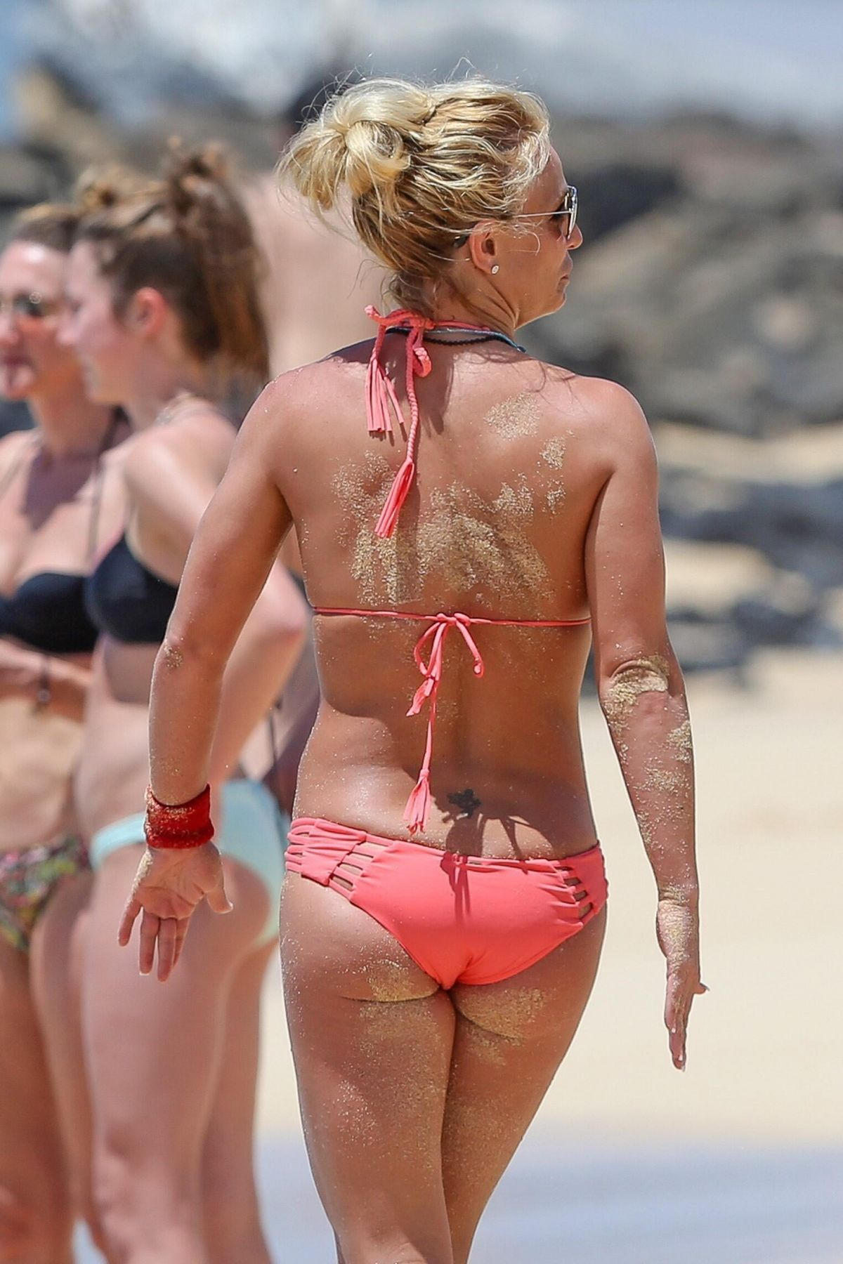 britney-spears-nude-in-beach