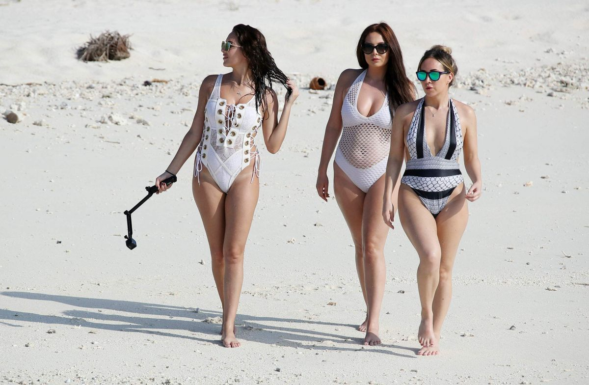 CHLOE, LAURYN and AMELIA GOODMAN on Vacation in Maldives 04/10/2017
