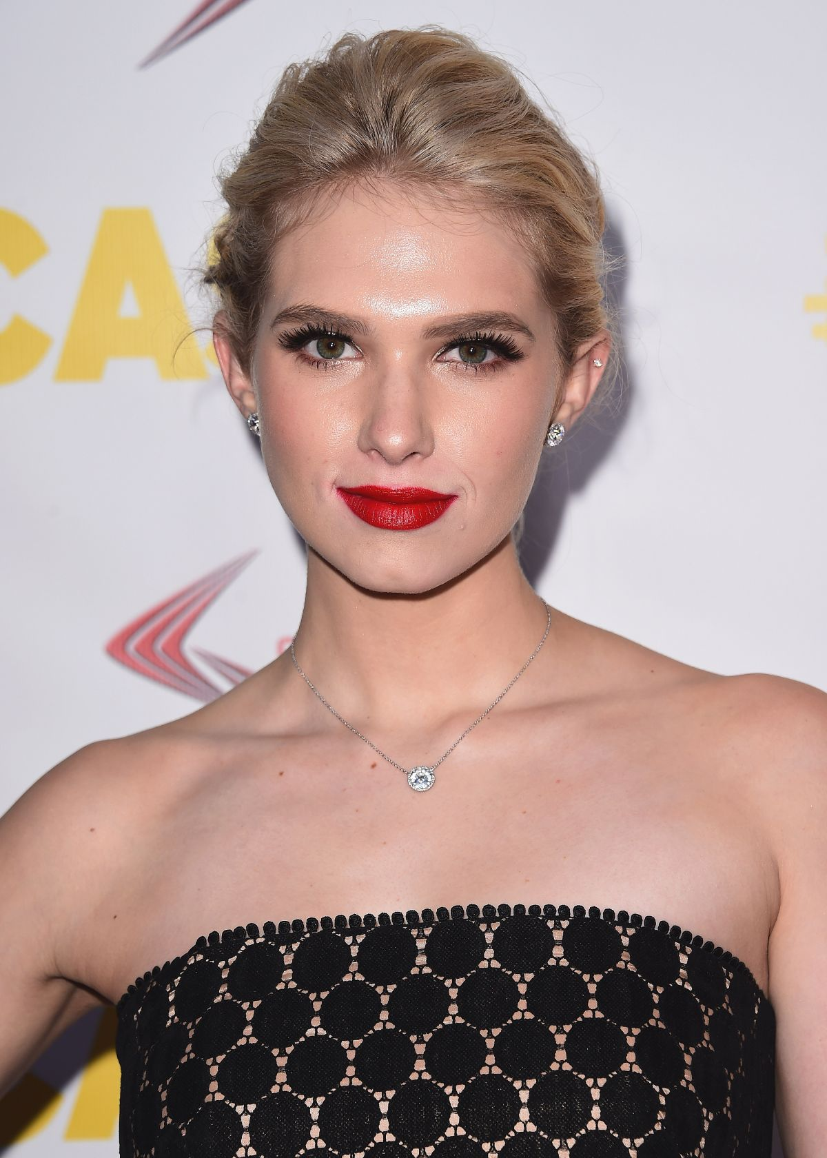 Watch Claudia Lee video