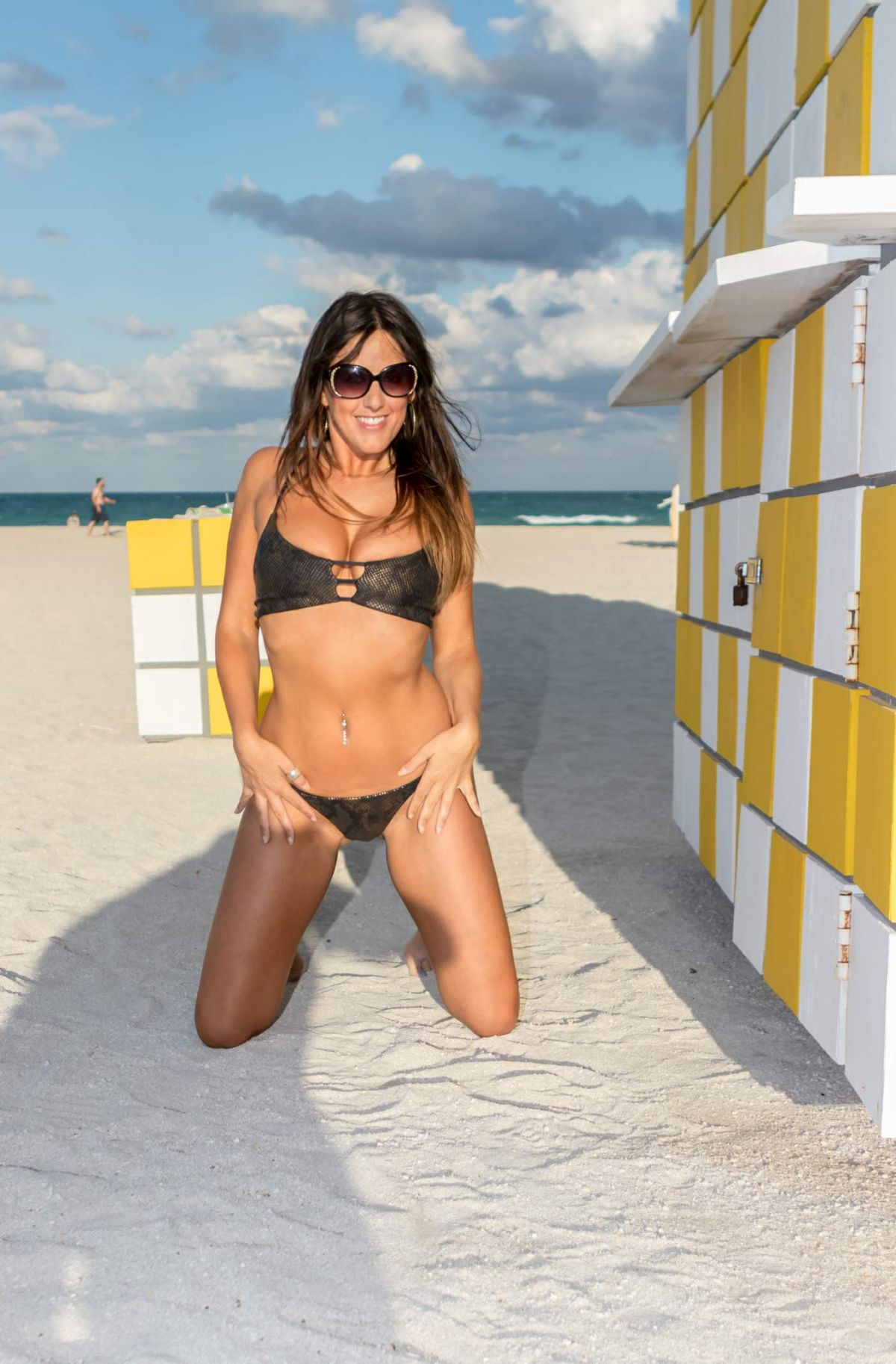 Claudia Romani in Bikini on South Beach in Miami 2 Pic 33 of 35