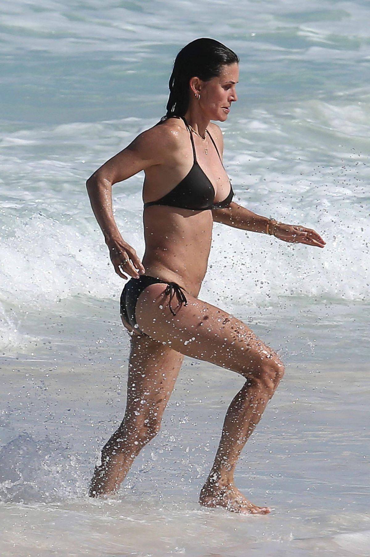 Courtney Cox Bikini