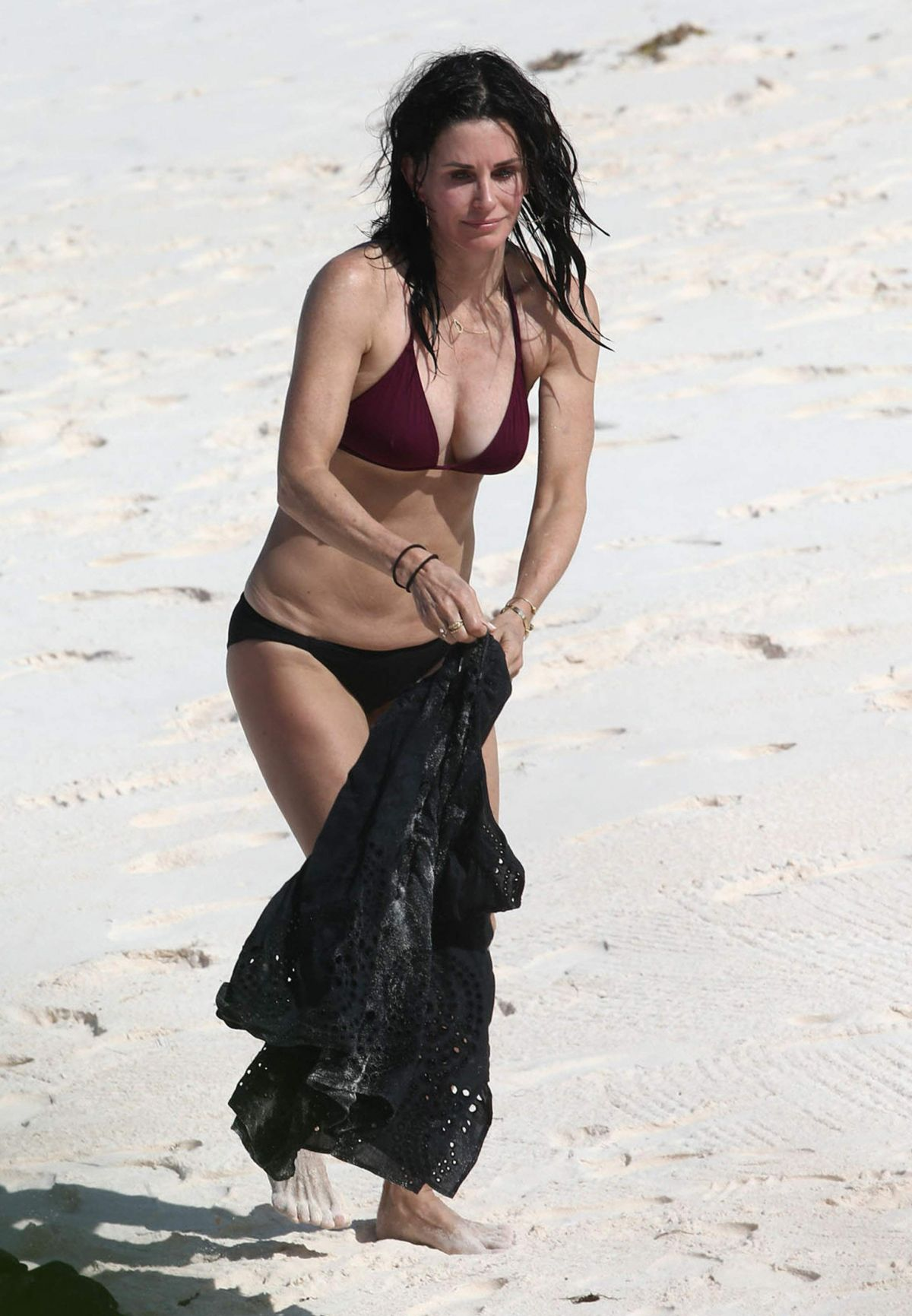 COURTENEY COX n Bikini on Vacation in Bahamas 04/03/2017 ...
