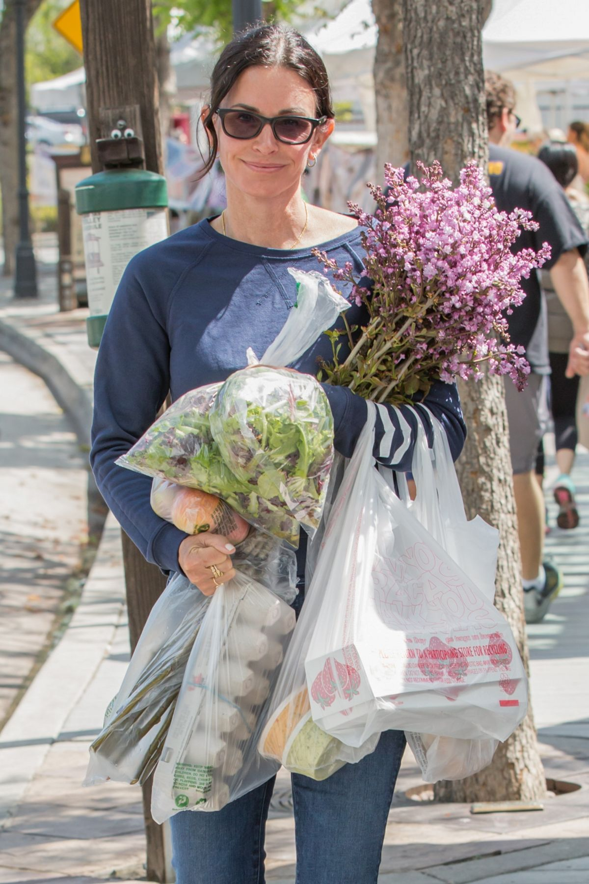 Courteney Ping At Los Angeles Farmers Market 04 08 2017