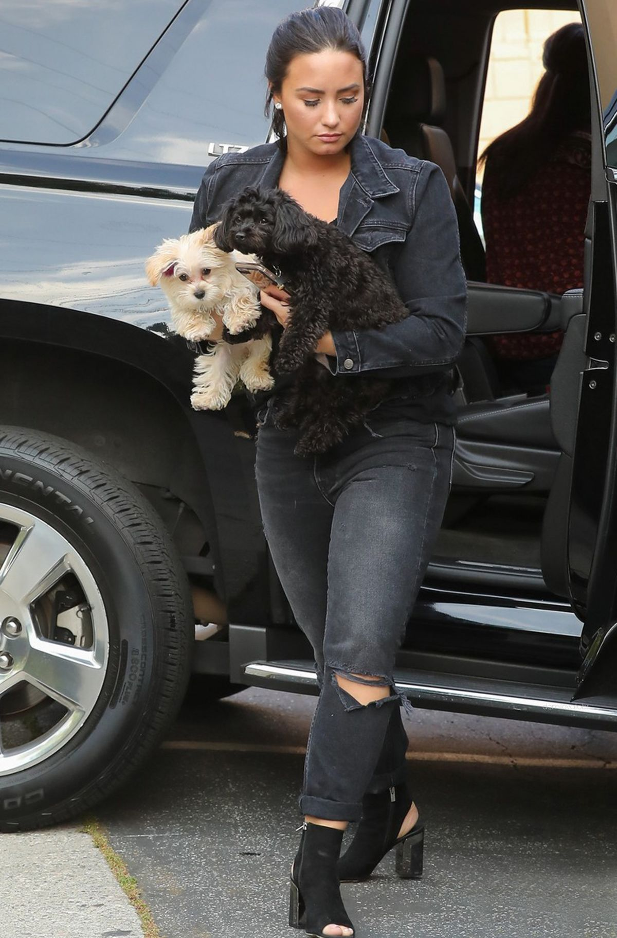DEMI LOVATO Arrives at a Recording Studio in West Hollywood 04/03/2017
