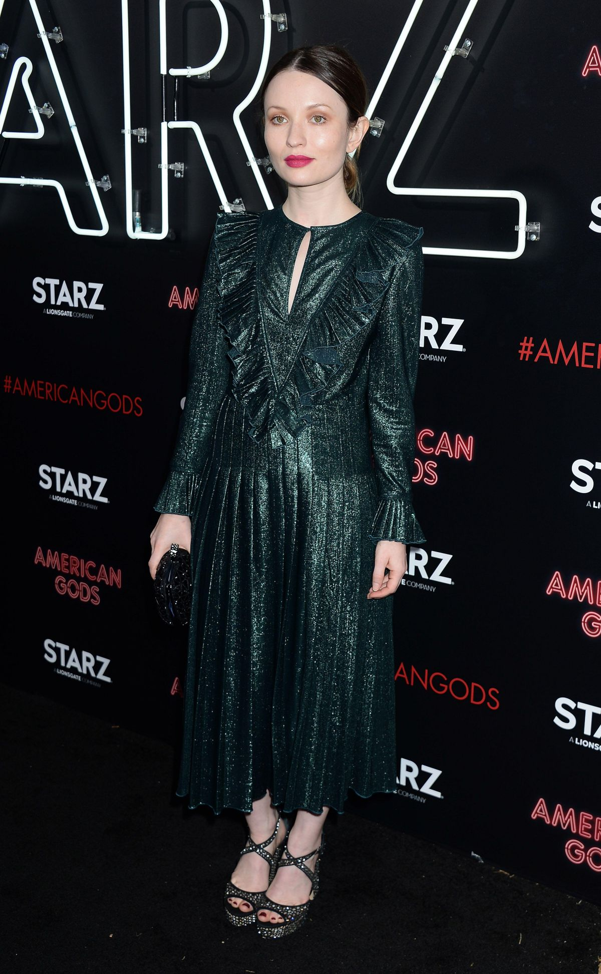 emily browning 2017 - photo #35